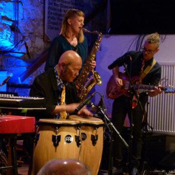 KaMa-Quartett begeisterte mit Nippy Noya, Percussion in der Alten Kelter